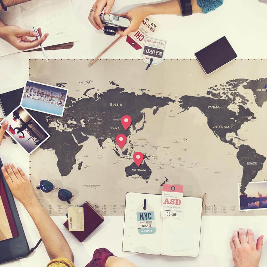 从全球8个城市中的17间酒店赚取积分